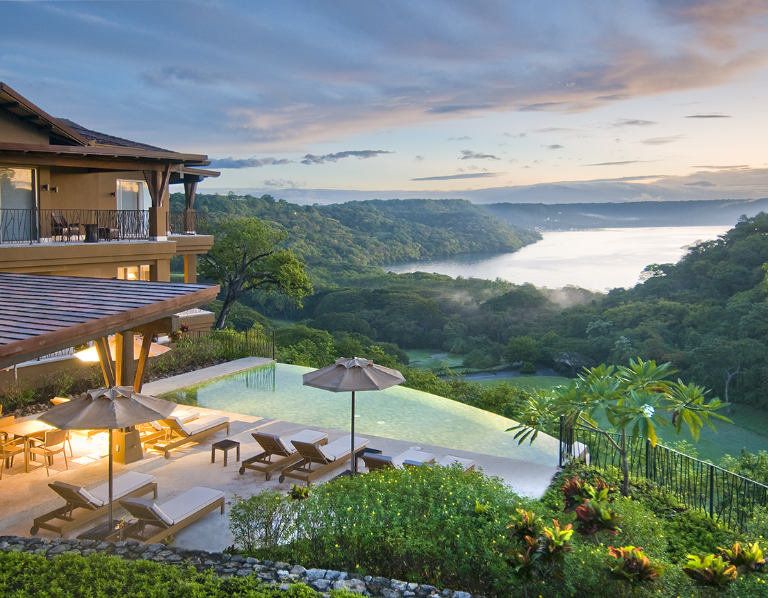 Luxury rental at peninsula papagayo papagayo luxury for Luxury rentals in costa rica